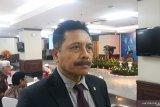 Mantan Hakim MK sebut Kemendagri bertindak tepat terkait pemberhentian Risma