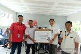 PLN salurkan bantuan peralatan multimedia ke SMK Fardillah Maros