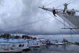 Kesyahbandaran Makassar imbau tunda pelayaran akibat cuaca buruk