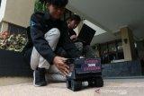 Alat penemu korban bencana dari mahasiswa UNS ciptakan a