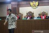 Pengadilan Tinggi kurangi vonis mantan Ketum PPP jadi 1 tahun penjara