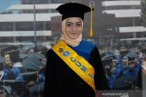 Spirlee Anesta Sanas, wisudawati terbaik IPB pernah bekerja di laundry