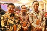 Gubernur  di Pertemuan Tahunan Industri Jasa Keuangan