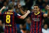 Iniesta ingin berpartner kembali dengan Xavi saat latih Barcelona nanti