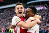 Ringkasan Liga Belanda: Ajax mulus menang 2-1 awali 2020 demi tegaskan keunggulan