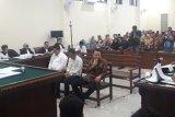 Bupati Lampung Utara nonaktif tidak tahu asal uang  yang diterimanya