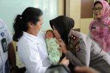 Polsek Ngemplak menyerahkan bayi temuan ke Dinsos Sleman