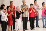 Jelang Imlek, Ganjar bersilaturahmi komunitas Tionghoa di Semarang