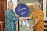 Bank Jateng serahkan bantuan sponsorship mobil operasional ke Disdikbud Jateng