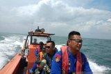 Tiga nelayan yang hilang di laut Lampung Timur ditemukan selamat