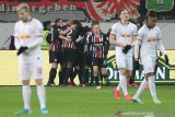 Frankfurt gilas Leipzig dengan skor 2-0