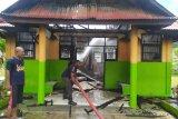 Kebakaran di SMP Negeri 13 Padang Bulan Jayapura, hanguskan ruang kepsek