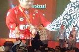 Kinerja meningkat, Bupati Bartim raih SAKIP Award dari KemenPAN-RB