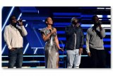 Penghargaan untuk Kobe Bryant dari Alicia Keys dan Boyz II Men