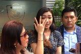 Mantan pramugari Garuda Indonesia Cyndyana Lorens diperiksa polisi