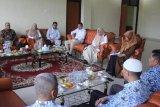 Komisi II DPRD Kabupaten Kampar kunjungi Padang Panjang diskusi pendidikan