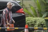 Ketua KPU penuhi panggilan KPK terkait dugaan suap PAW