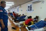 Karyawan DSLNG donorkan darah pada peringatan bulan K3