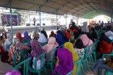 Kaum perempuan penyintas bencana ikut festival pasar terintegrasi