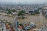 Hambat akses ke sekolah, sejumlah sekolah di Jabodetabek diliburkan akibat banjir