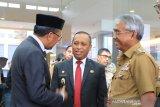 Bupati lutim hadiri sertijab Kepala OJK Regional 6 Sulampua