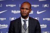 Barcelona bahas nasib Abidal setelah berselisih Messi