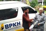 Embarkasi Donohudan terima mobil operasional jemaah haji dari BPKH