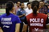 Atlet Pelatnas PBSI diimbau sementara tak ke mal