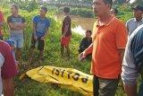Mayat sopir taksi online yang diberi pemberat batu bata ditemukan di saluran irigasi Jepara