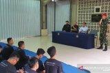 Mayor. Inf. Ferry Mulyawan dari Kopassus ketika memberikan pengarahan kepada mahasiswa Fakultas Teknik Universitas Pancasila.