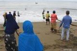 KKP kampanyekan program jaga jarak fisik di  kawasan  pesisir