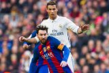 Wenger sebut sepak bola memasuki senjakala rivalitas Ronaldo vs Messi