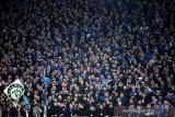 Schalke didenda akibat sorakan suporter