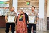 Mantan Kasat Reskrim terima penghargaan MURI