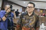 Mantan Dirut Perindo Risyanto Suanda dituntut 5 tahun penjara