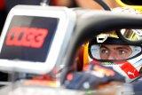 Jika ingin juara, Verstappen peringatkan Red Bull jangan