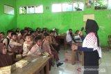 Pelajar SD di Sukabumi dikenalkan gaya hidup ramah lingkungan dalam upaya kurangi sampah plastik