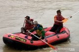 Tim SAR Sukabumi cari jasad pria yang mencebur ke Sungai