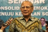 Emil Salim nilai RUU Cipta Kerja belum pikirkan dampak jangka panjang
