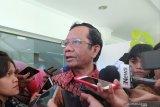 Mahfud: Kekeliruan RUU Cipta Kerja bakal diperbaiki di DPR