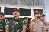 Hilang usai kecelakaan, Panglima TNI imbau warga kembalikan 11 pucuk senjata korban helikopter