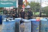 Prajurit Satgas Pamtas Yonif Raider 300 sita 2.030 ton BBM ilegal
