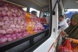 Solok Selatan gelar operasi pasar bawang putih