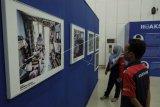 Pameran foto di Monumen Pers Nasional