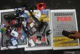 Mahfud: jangan kekang kebebasan pers