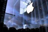 virus corona ancam pasokan Apple, penjualan dan sahamnya turun