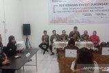 Bawaslu Manado awasi penyerahan berkas dukungan balon perorangan wali Kota