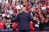 Trump rayakan Hari Kemerdekaan AS di Gunung Rushmore meski dikritik