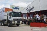 Kala Jokowi heran saksikan pabrik rayon
