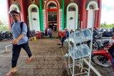 ACT distribusikan Air Minum Wakaf  ke masjid